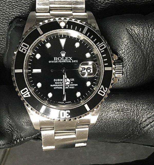 Rolex_submariner_166610_2002_usato6_stock_fallimenti