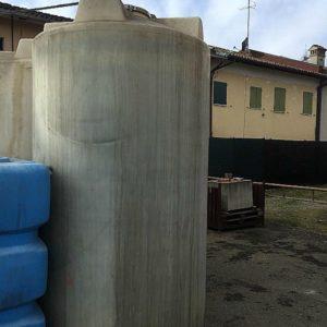 Cisterne_da_acqua_da_9000_litri_1_stock_fallimenti